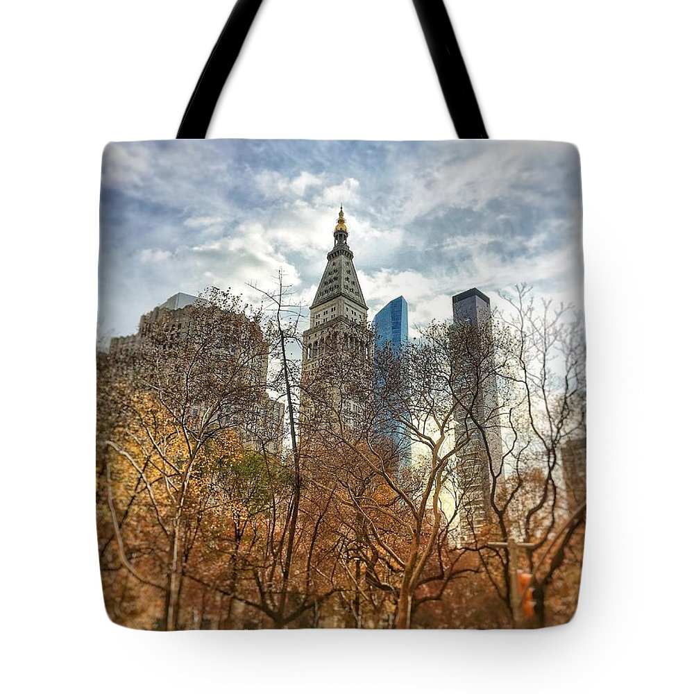 New York City Building Buildings Concrete Jungle Life Urban Tote Bag featuring the photograph New York, New York by Brandon Stevens