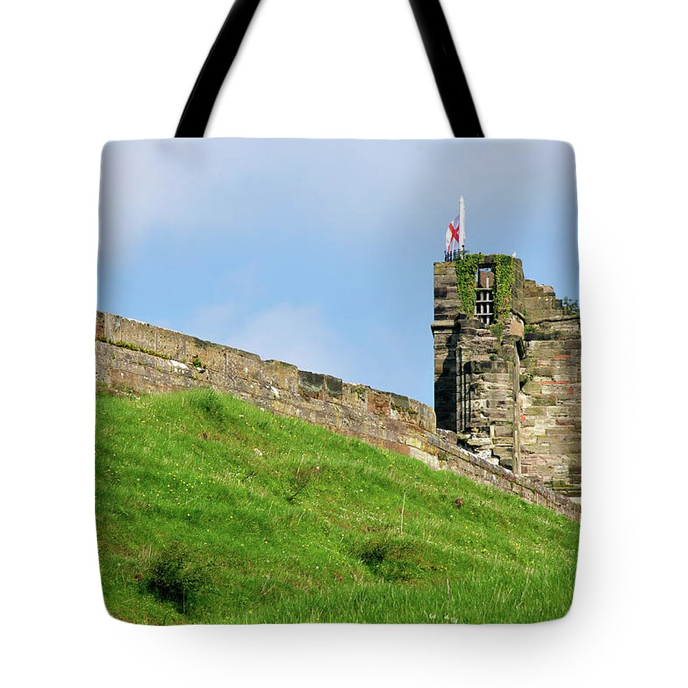Bright Tote Bag featuring the photograph North Tower- Tutbury Castle by Rod Johnson