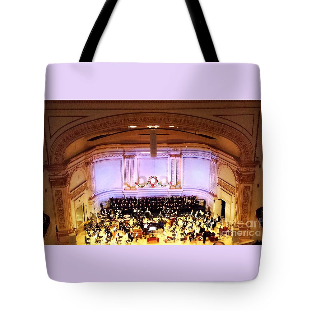 Carnegie Hall Tote Bag featuring the photograph Ny Pops At Carnegie Hall by Jim Ralph