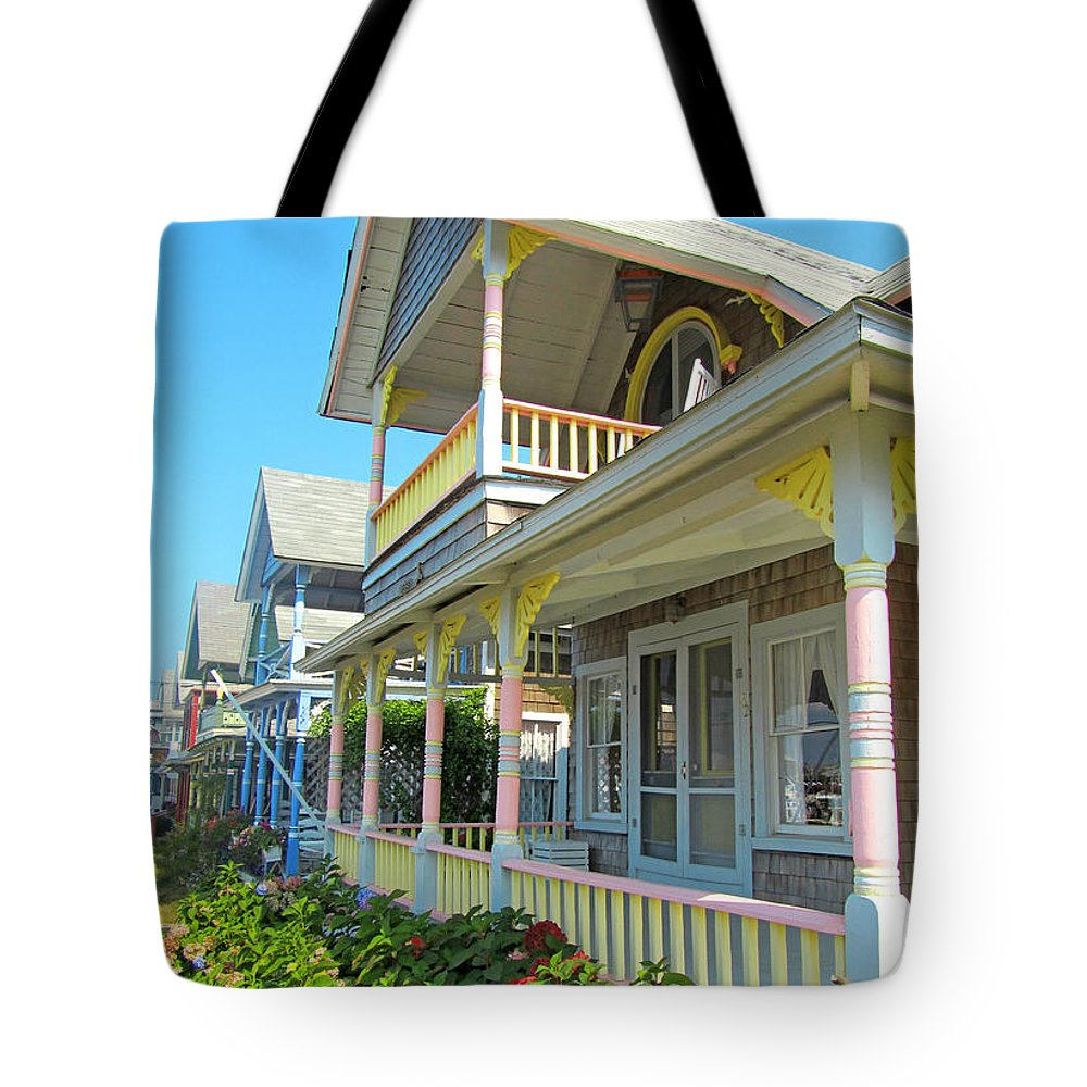 Oak Bluffs Gingerbread Cottages Tote Bag featuring the photograph Oak Bluffs Gingerbread Cottages 5 by Mark Sellers