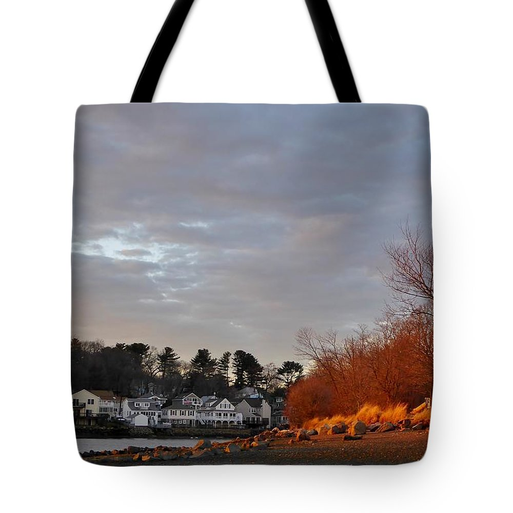 Sunset Tote Bag featuring the photograph Obear Park At Sunset by Scott Hufford