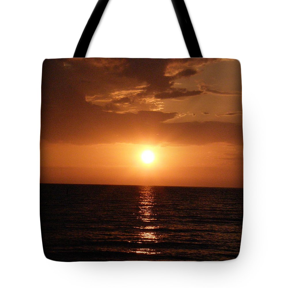 Ocean Tote Bag featuring the photograph Ocean Sunset by Alice Markham