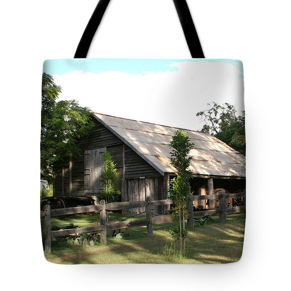 Photo Tote Bag featuring the photograph Old Barn by Brian Leverton