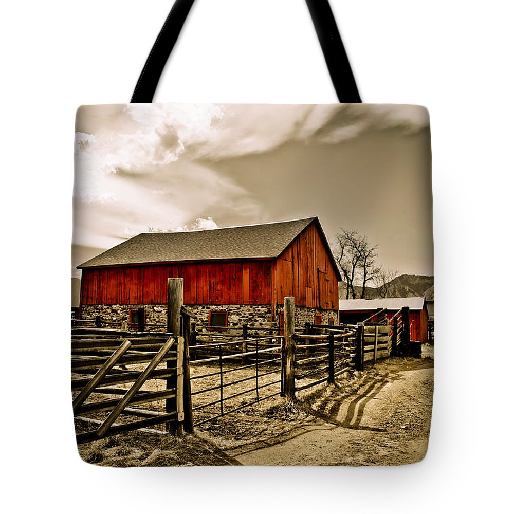 Americana Tote Bag featuring the photograph Old Country Farm by Marilyn Hunt