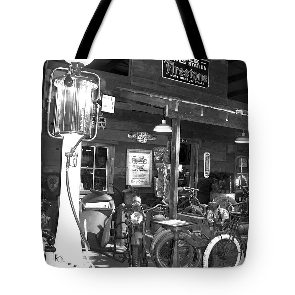 Tote Bag featuring the photograph Old Gas Pump by Teresa Doran