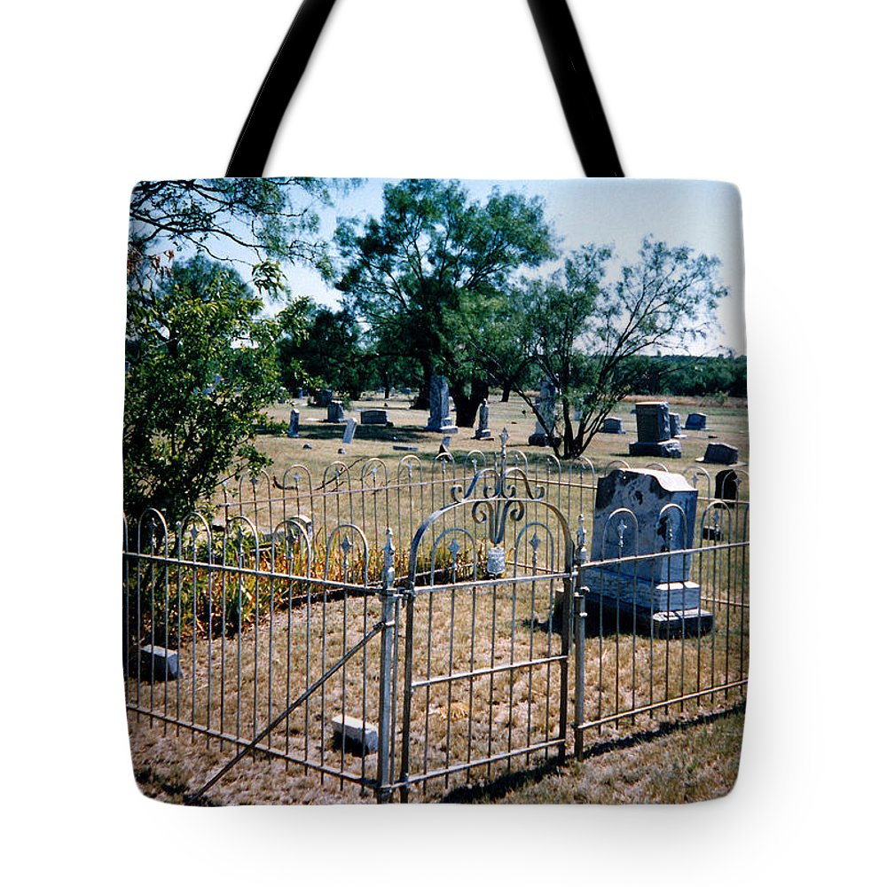 Fence Grave Headstone Stones Tote Bag featuring the photograph Old Grave Site 2 by Cindy New