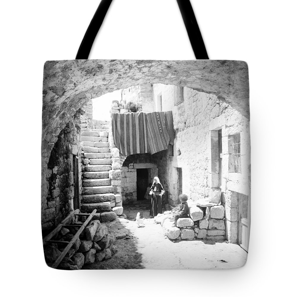 Bethlehem Tote Bag featuring the photograph Old House Court by Munir Alawi
