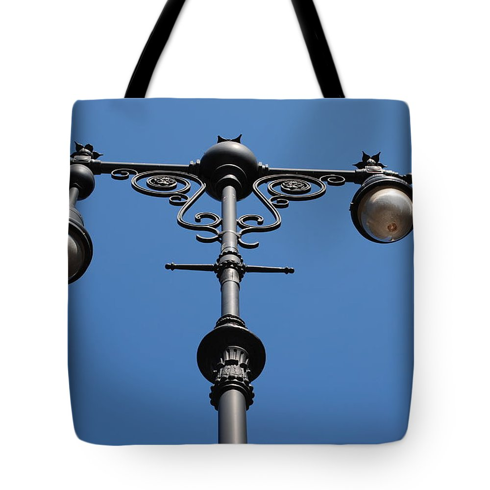 Lamppost Tote Bag featuring the photograph Old Lamppost by Rob Hans
