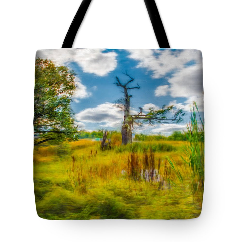 Artistic Tote Bag featuring the photograph Old Oaks Painterly. by Leif Sohlman