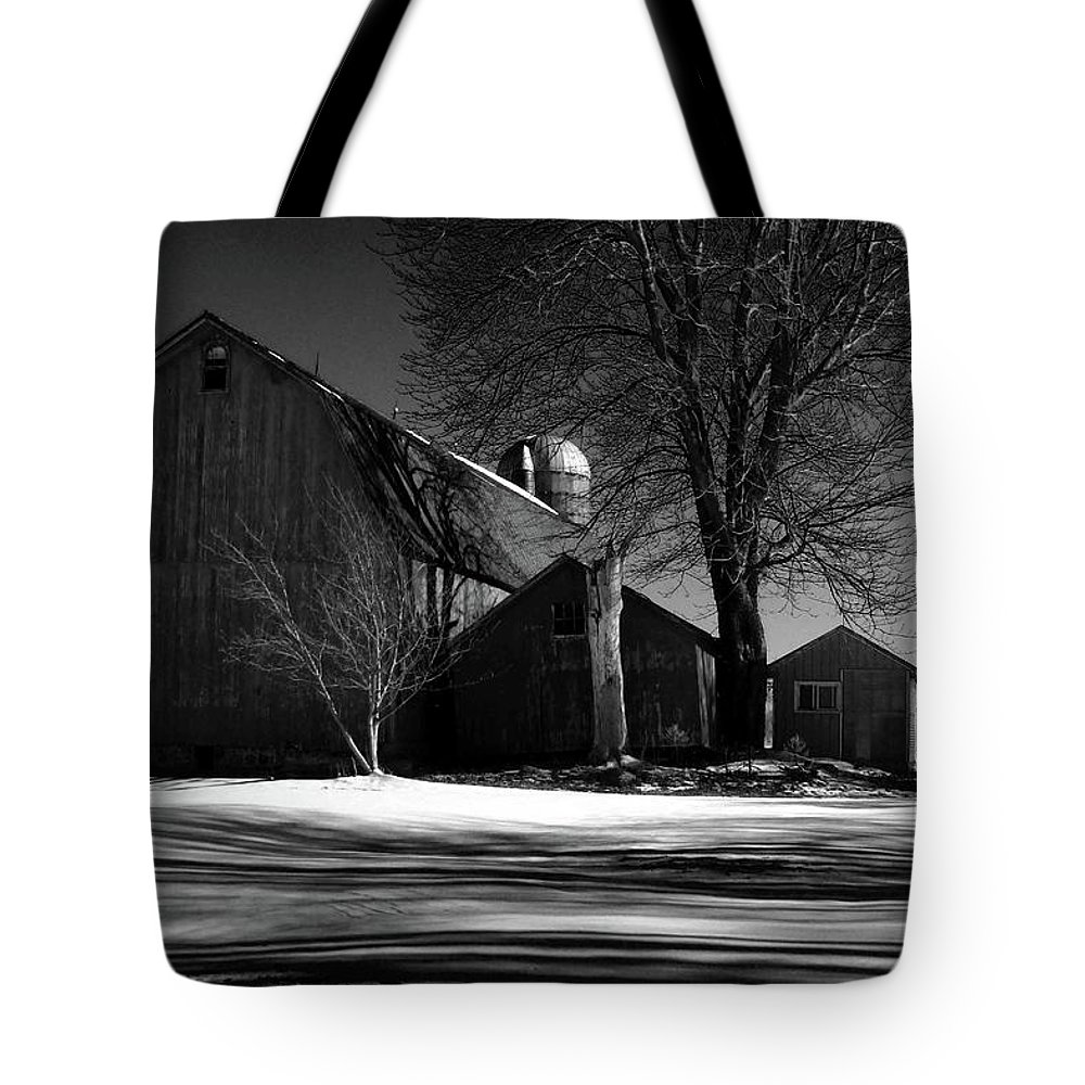 Barns Alden New York Upstate New York Farms Tote Bag featuring the photograph Old Red Barn by Joseph Rennie