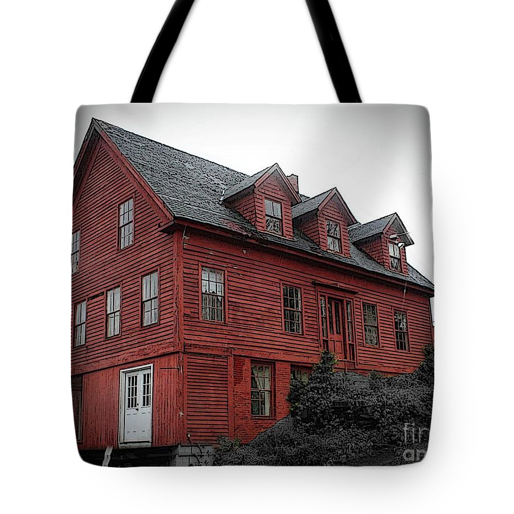 House Tote Bag featuring the photograph Old Red House In Shelburne Falls by Brenda Spittle