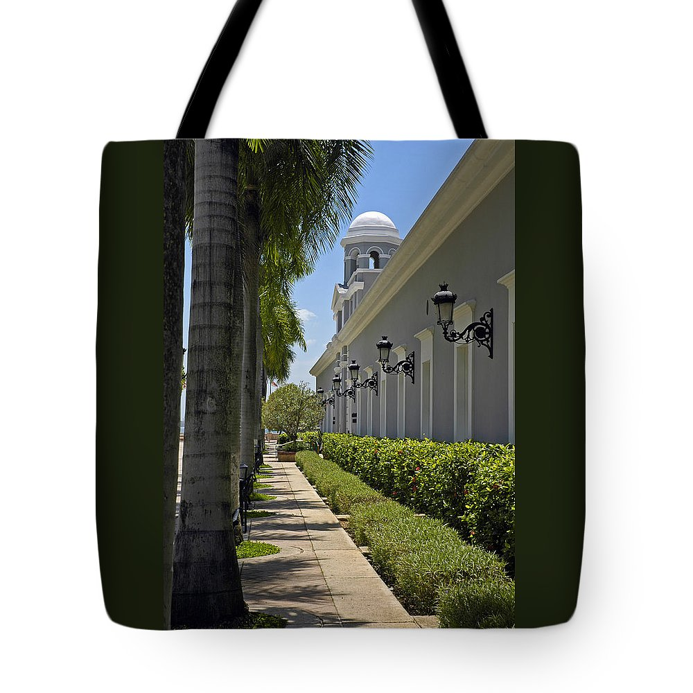 Travel Tote Bag featuring the photograph Old San Juan Puerto Rico by Tito Santiago