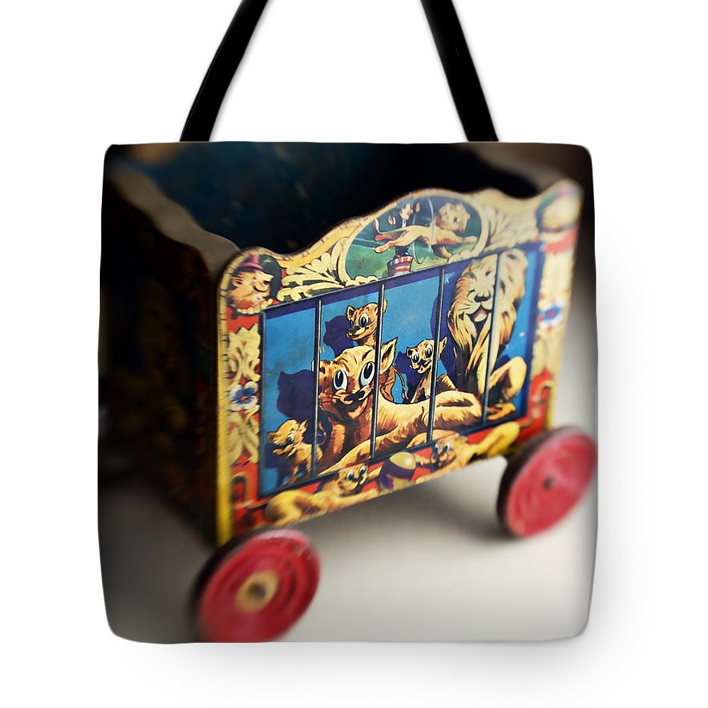 Americana Tote Bag featuring the photograph Old Toy by Marilyn Hunt