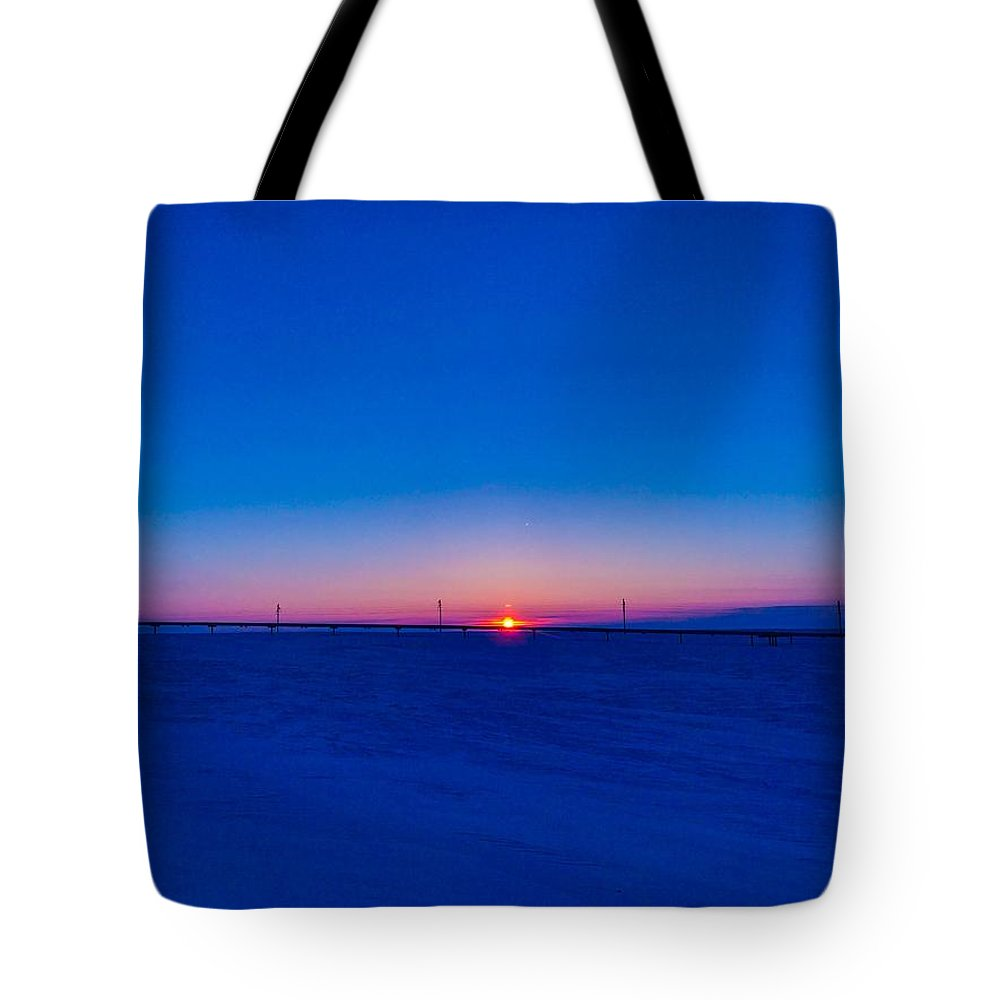 Sunrise Tote Bag featuring the photograph On The Way Home by Shane Schwark