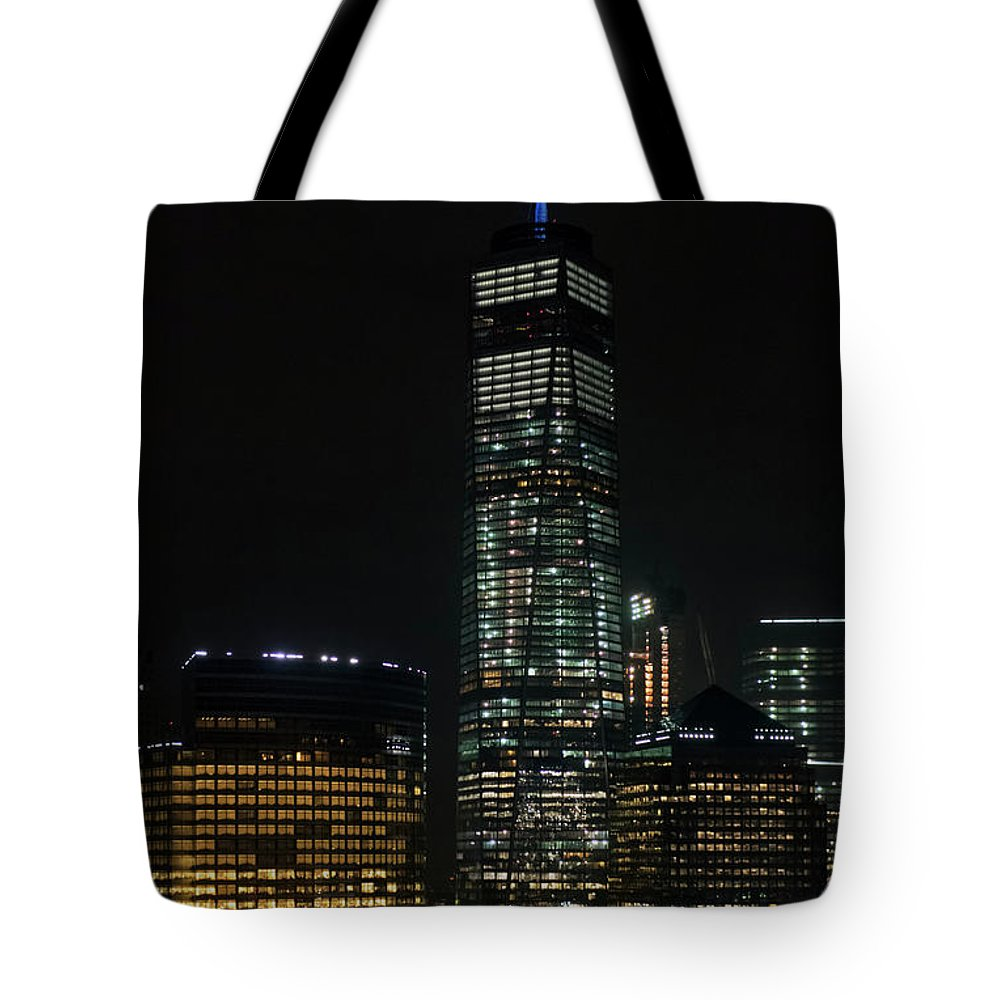 One World Trade Center Tote Bag featuring the photograph One World Trade Center In New York City by David Oppenheimer