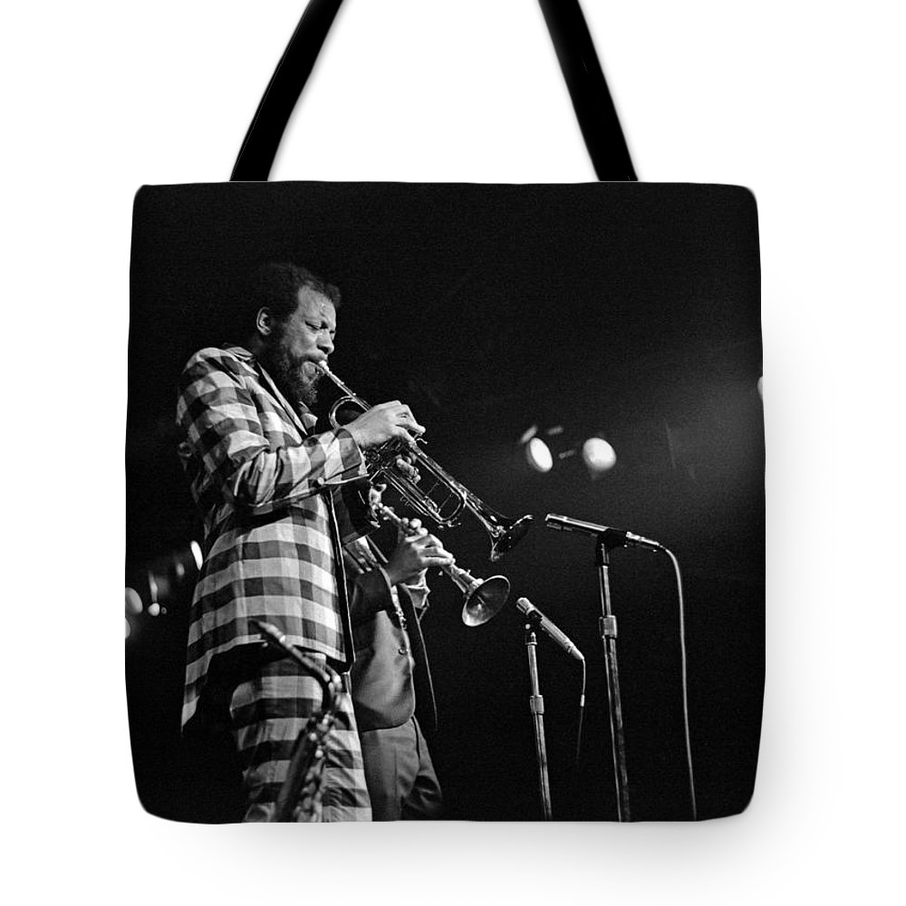 Ornette Colman Tote Bag featuring the photograph Ornette Coleman On Trumpet by Lee Santa