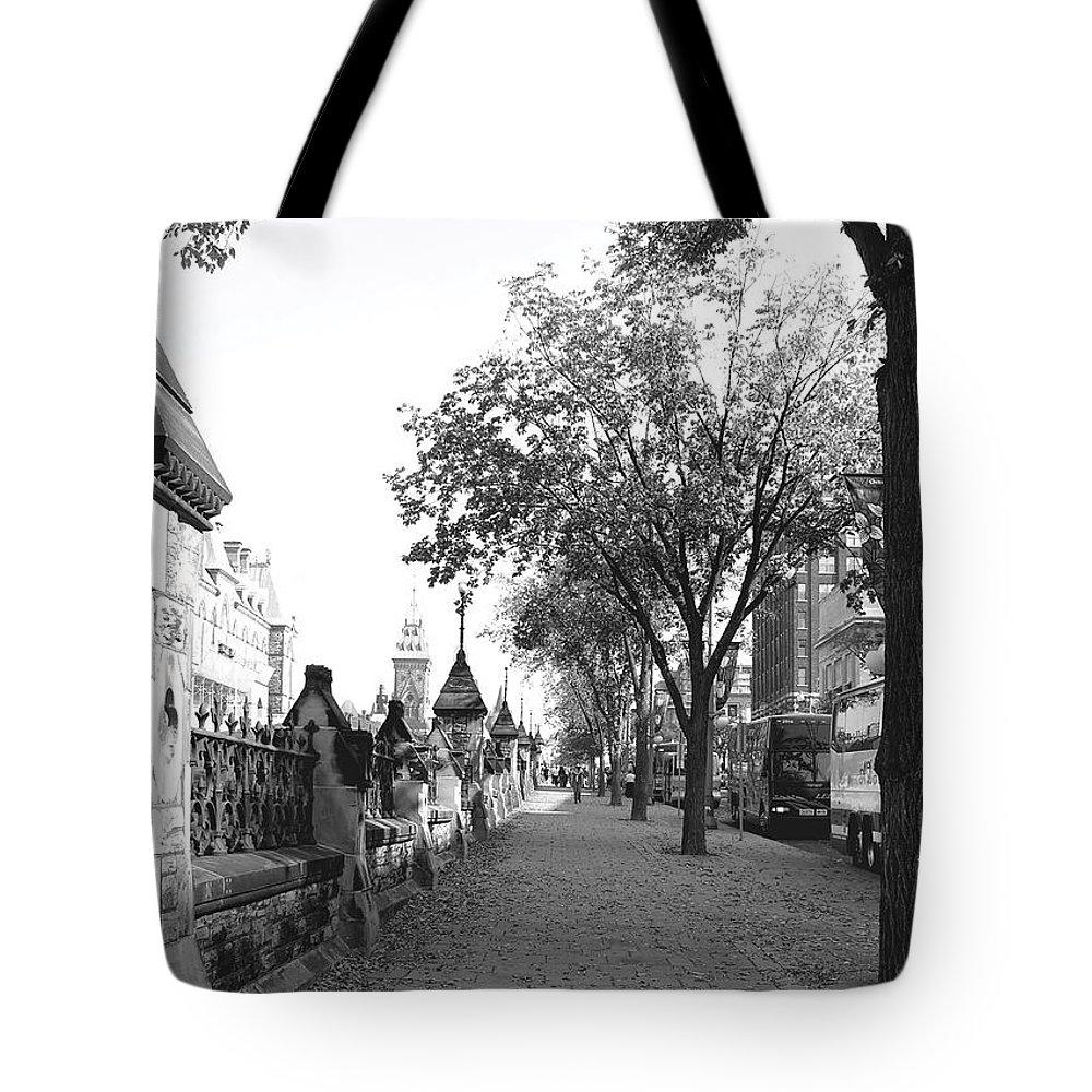 Urban Tote Bag featuring the photograph Ottawa Sidewalk by Natasha Sweetapple