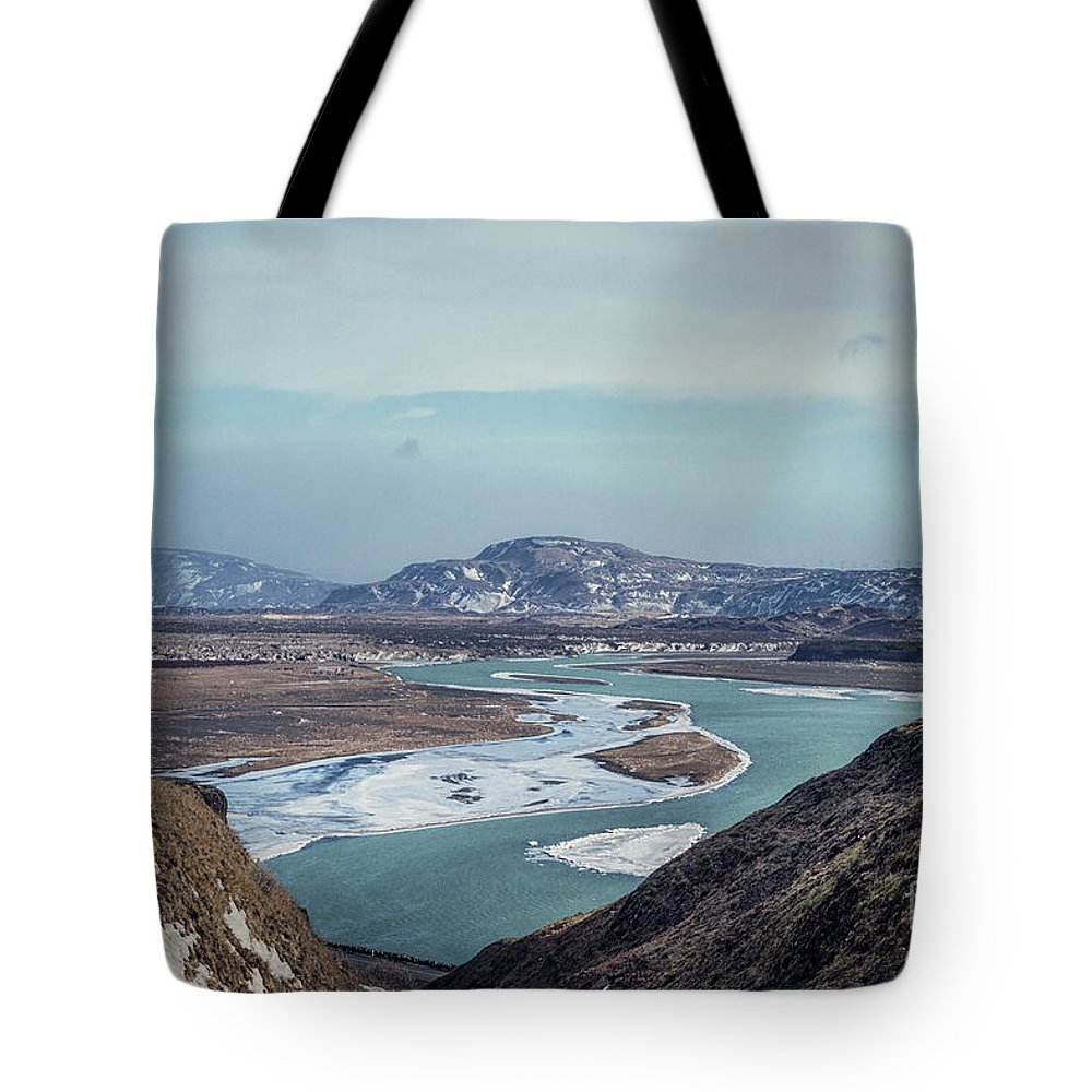 Kremsdorf Tote Bag featuring the photograph Outlands by Evelina Kremsdorf