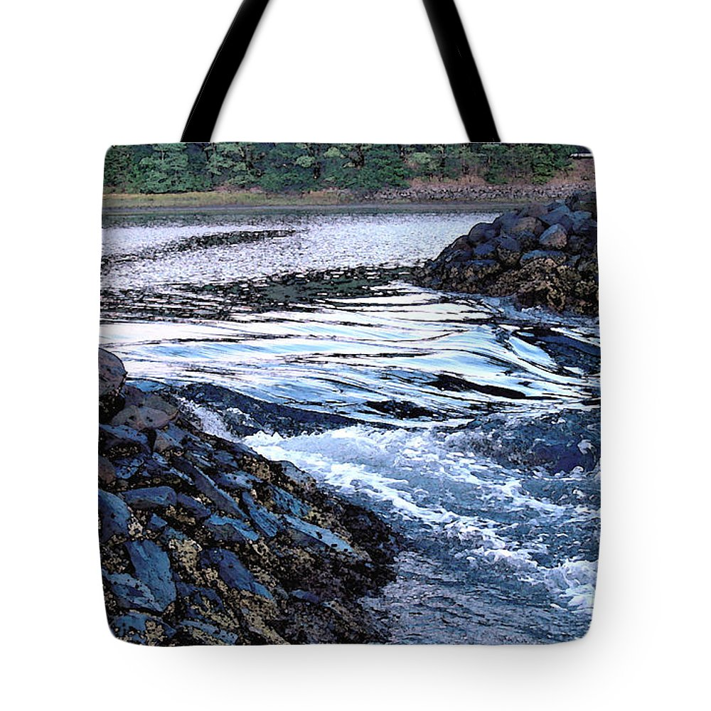 Water Tote Bag featuring the photograph Overflow by Suzanne Gaff
