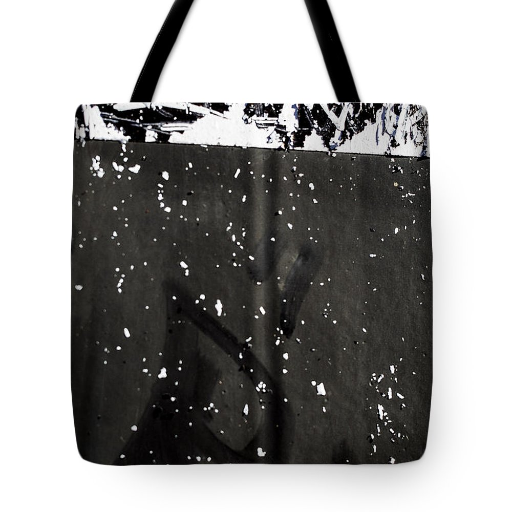 Tote Bag featuring the photograph Paint #586 by Chesley House