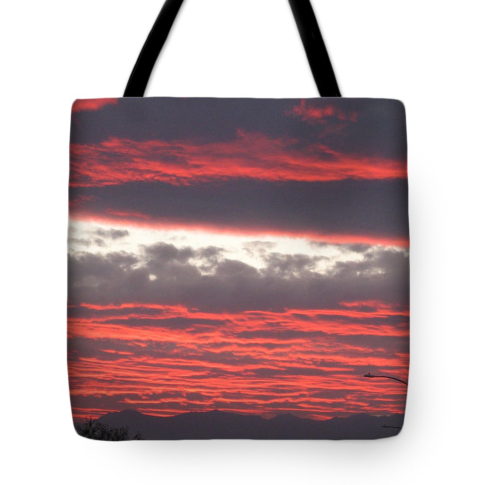 Hills Tote Bag featuring the photograph Palm Desert Sunset by Phyllis Kaltenbach