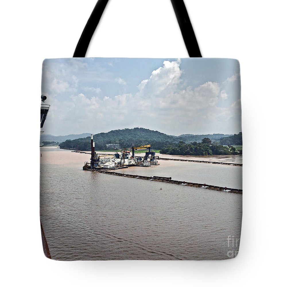 Barge Tote Bag featuring the photograph Panama049 by Howard Stapleton