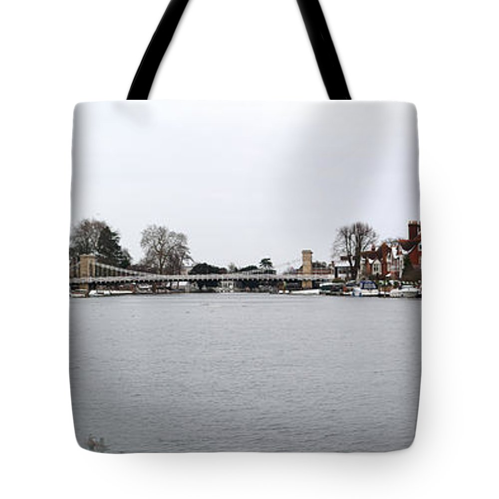 Marlow Tote Bag featuring the photograph Panorama Of Marlow Bridge In Winter by Chris Day