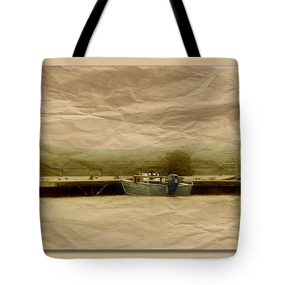 Manning River Taree Tote Bag featuring the photograph Papper Art 0001 by Kevin Chippindall