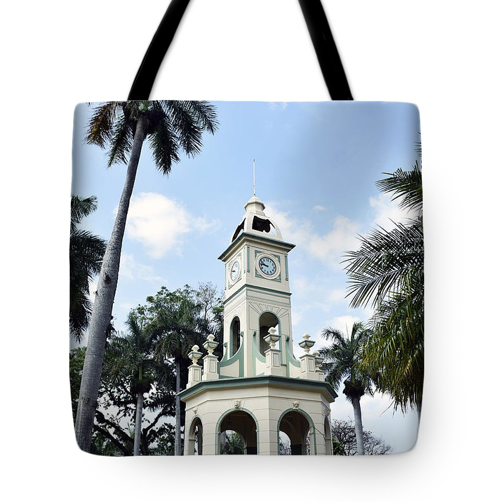 Ahuachapan Tote Bag featuring the photograph Parque Central Ahuachapan El Salvador by Totto Ponce