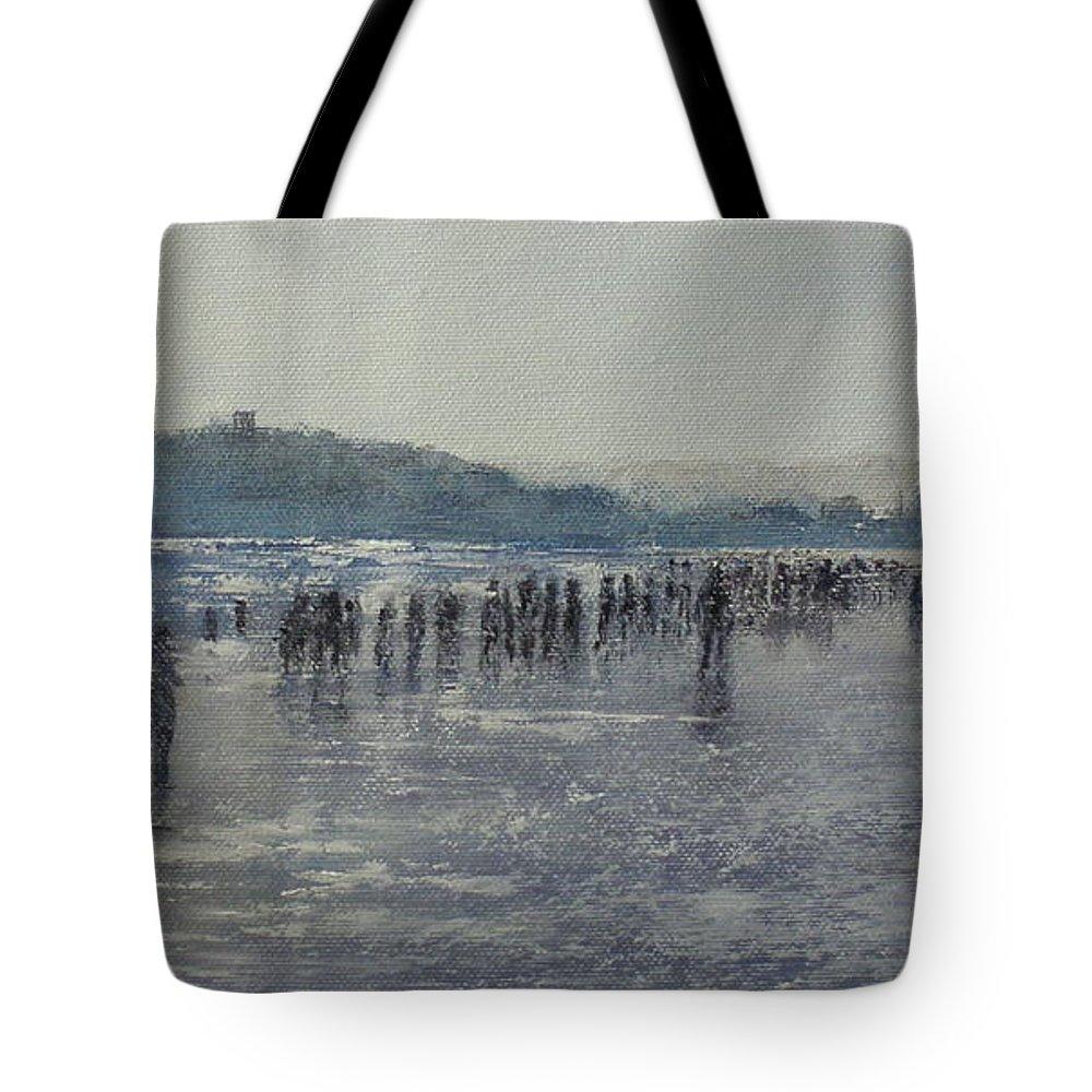 Sardinero Tote Bag featuring the painting Paseo Por La Playa Del Sardinero by Tomas Castano