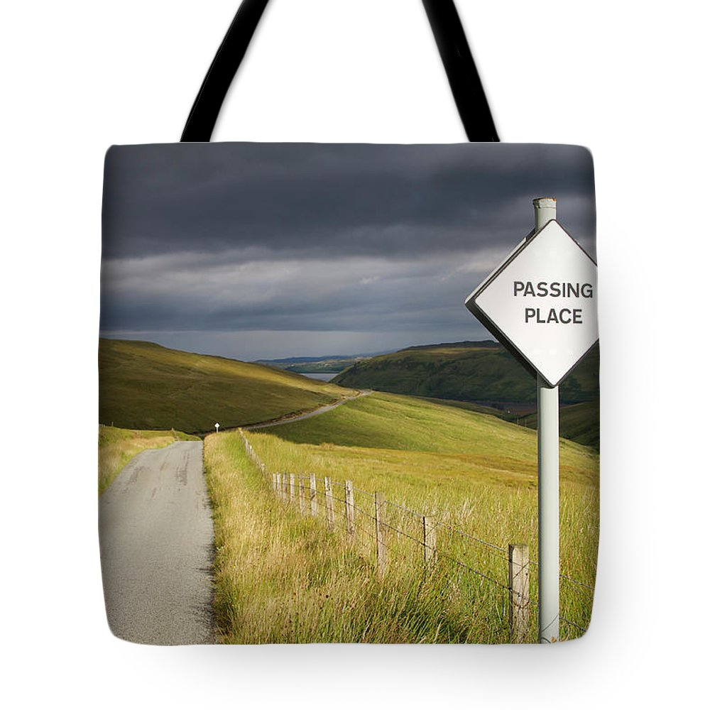 Skye Tote Bag featuring the photograph Passing Place by Porter Glendinning