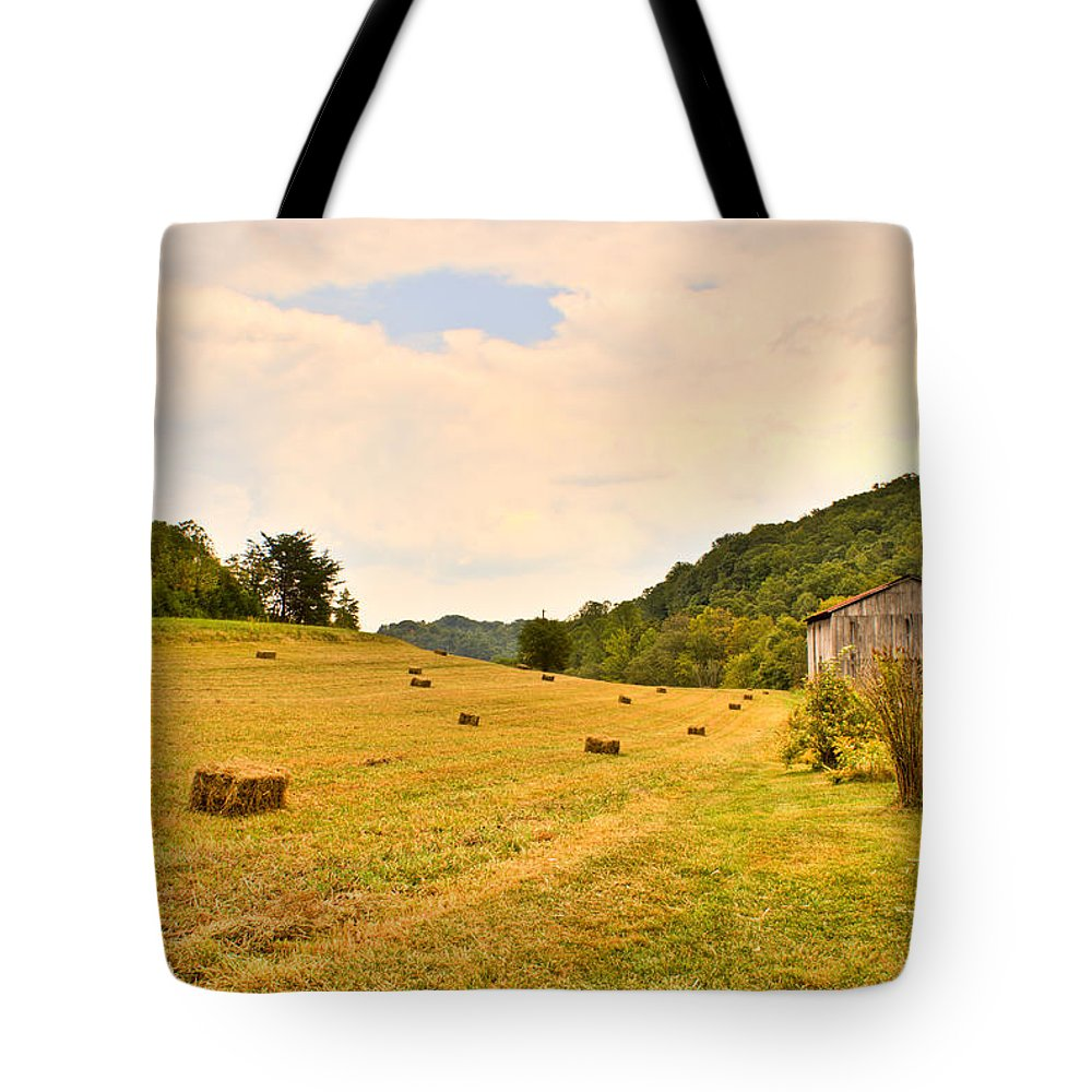Pastorial Tote Bag featuring the photograph Pastorial Framland In Kentucky by Douglas Barnett