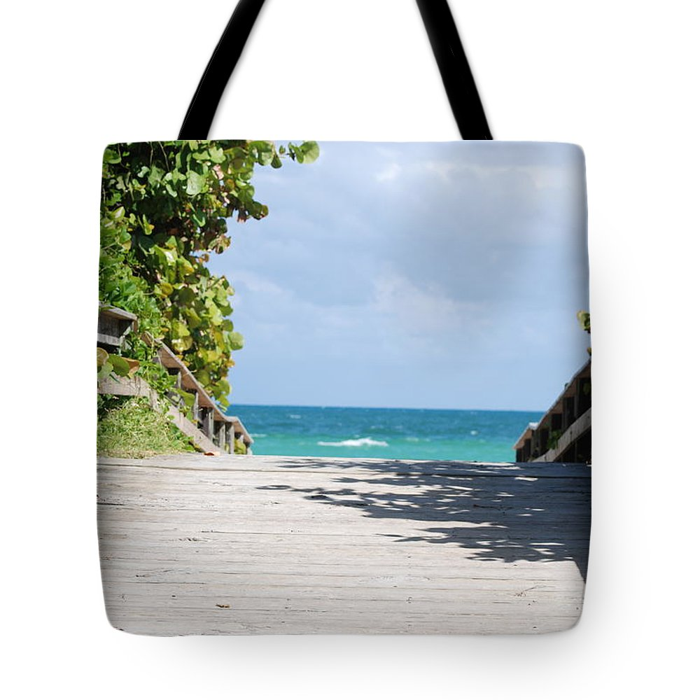 Sea Scape Tote Bag featuring the photograph Path To Paradise by Rob Hans