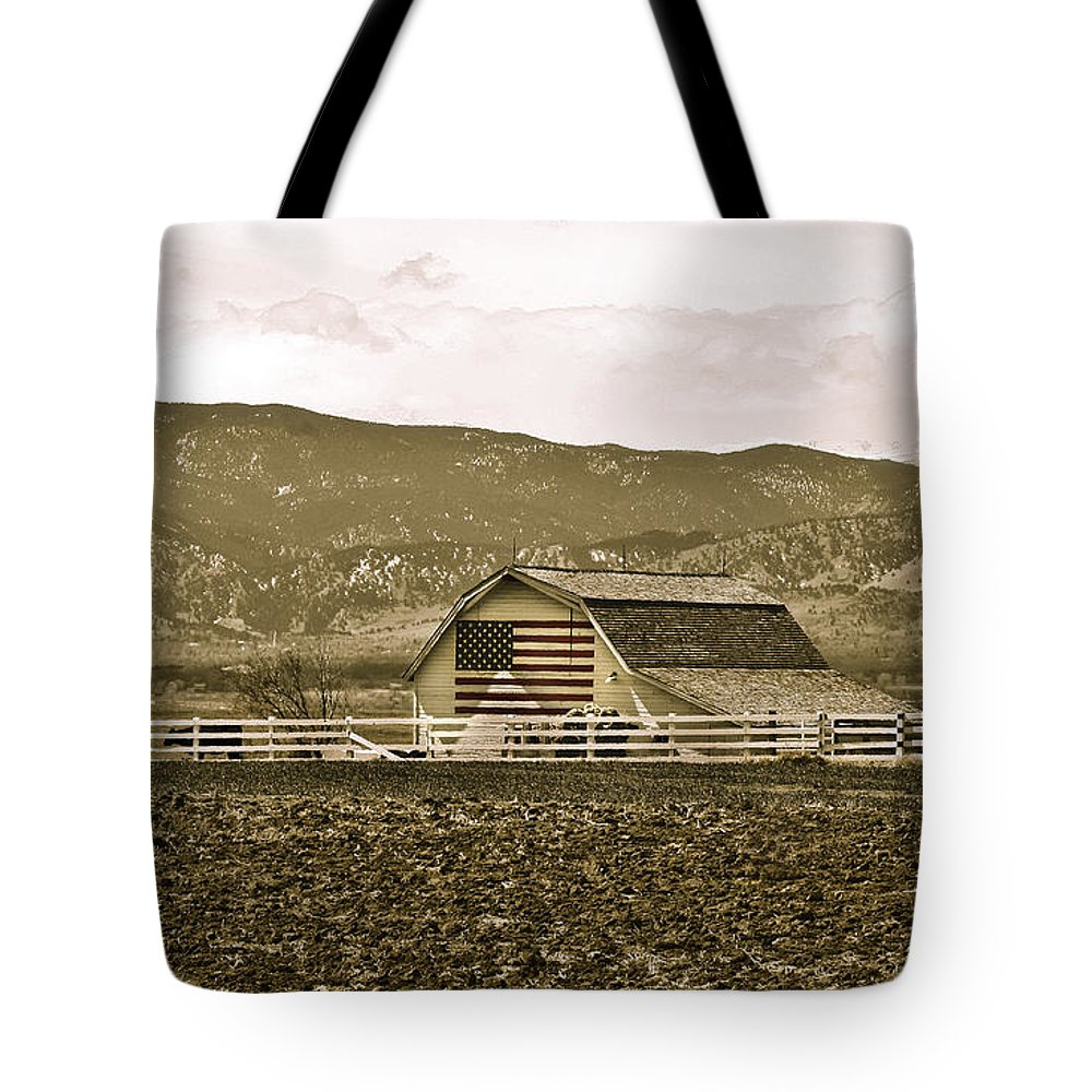 Americana Tote Bag featuring the photograph Patriotism And Barn by Marilyn Hunt