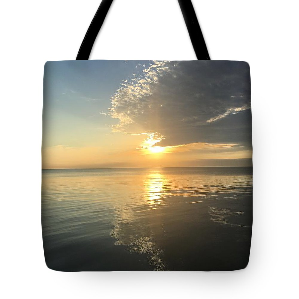 Sunrise Tote Bag featuring the photograph Peaking by Margaret Fronimos