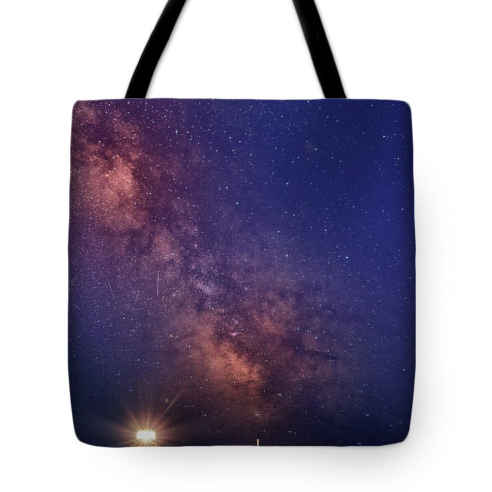 Pemaquid Point Lighthouse Tote Bag featuring the photograph Pemaquid Point Lighthouse And The Milky Way by Rick Berk