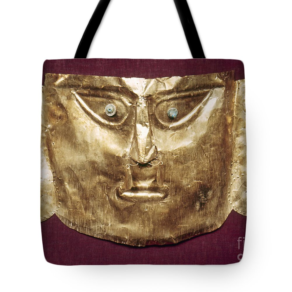 13th Century Tote Bag featuring the photograph Peru: Chimu Gold Mask by Granger