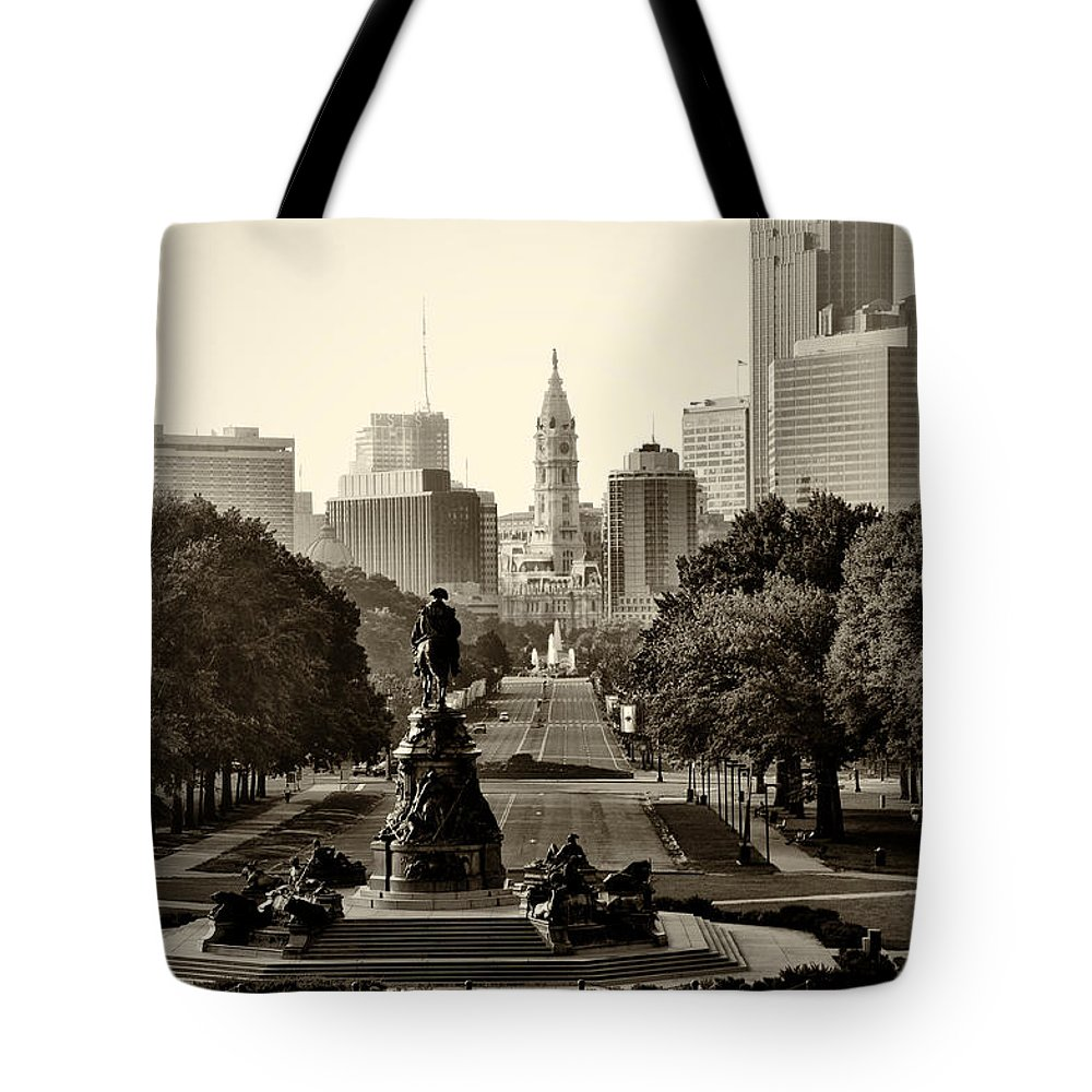 Philadelphia Tote Bag featuring the photograph Philadelphia Benjamin Franklin Parkway In Sepia by Bill Cannon