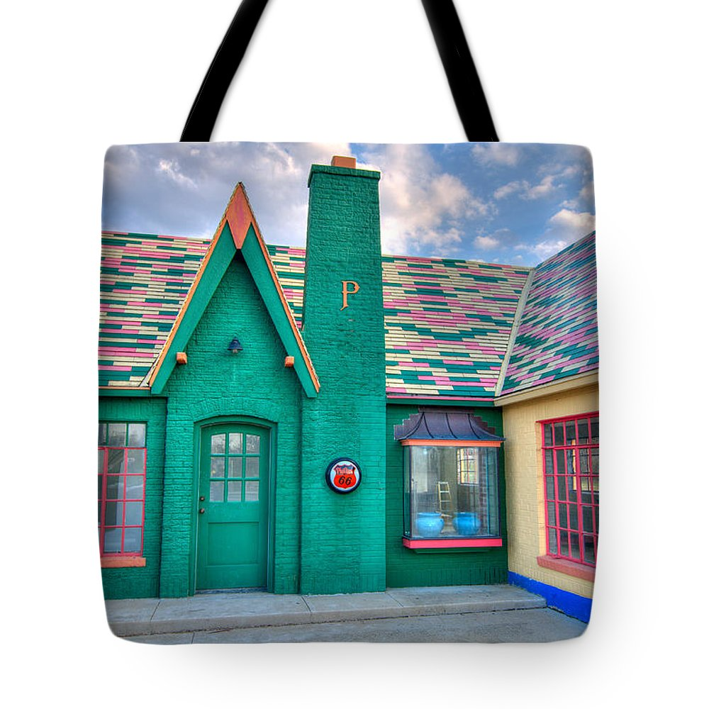 Gas Station Tote Bag featuring the photograph Phillips 66 by Steve Stuller
