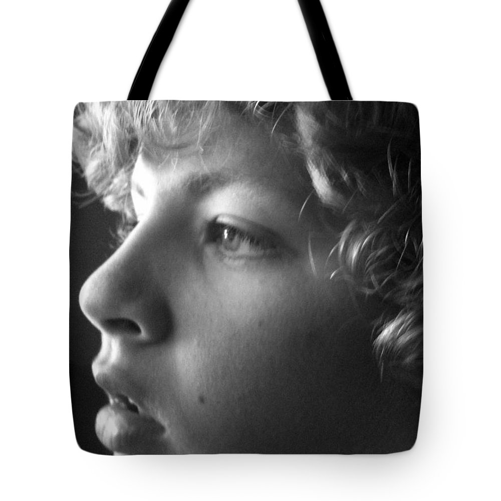 Tote Bag featuring the photograph Photo Contest by Marian Palucci-Lonzetta