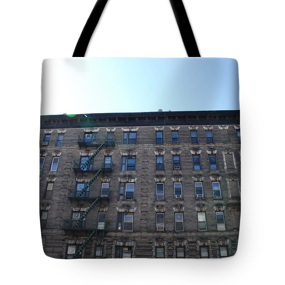 Architecture Tote Bag featuring the photograph Physical Graffitti by Rob Hans