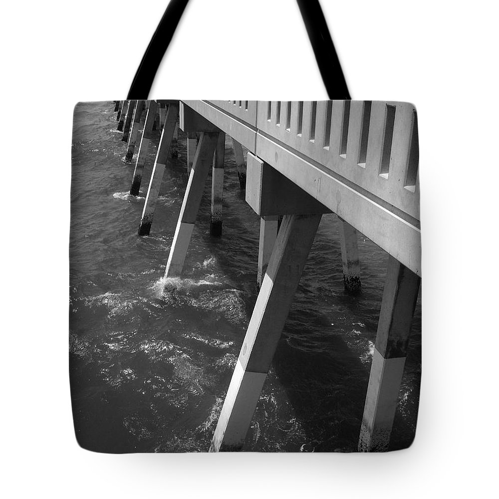 Willmington Tote Bag featuring the photograph Pier Willmington Nc by Tommy Anderson