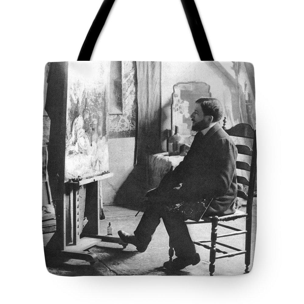 1905 Tote Bag featuring the photograph Piet Mondrian (1872-1944) by Granger