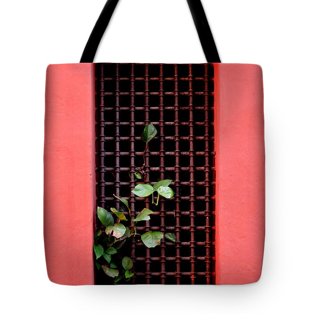 Windo Tote Bag featuring the photograph Pink Window In Cartegena by Thomas Marchessault