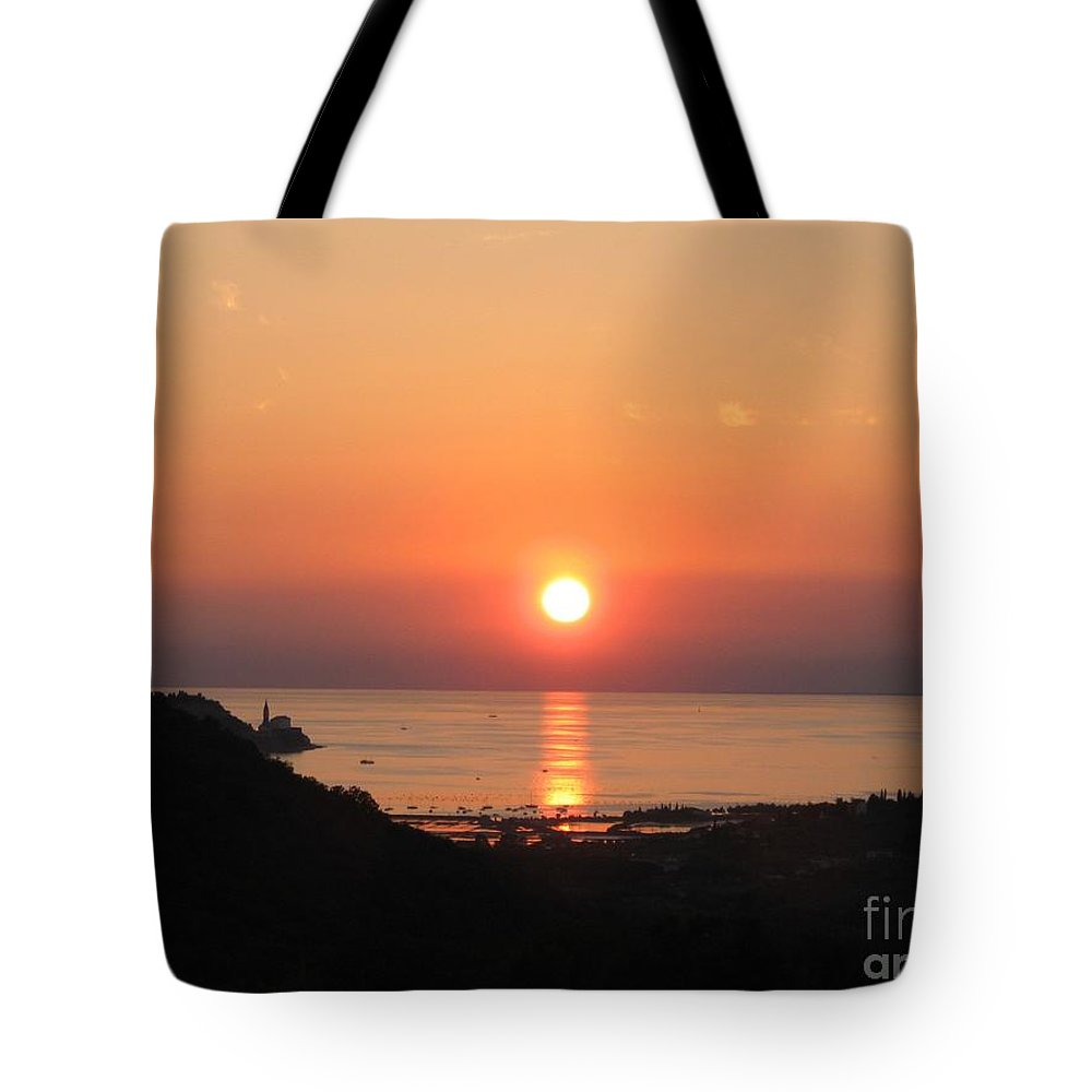 Sunset Sea Tote Bag featuring the photograph Piran's Sunset I by Dragica Micki Fortuna