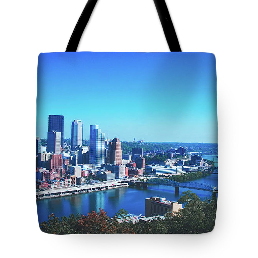 Pittsburgh Tote Bag featuring the photograph Pittsburgh Skyline by Library Of Congress