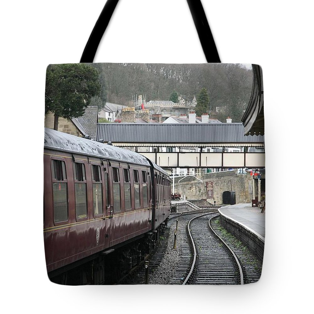 Trains Tote Bag featuring the photograph Platform 2 by Christopher Rowlands