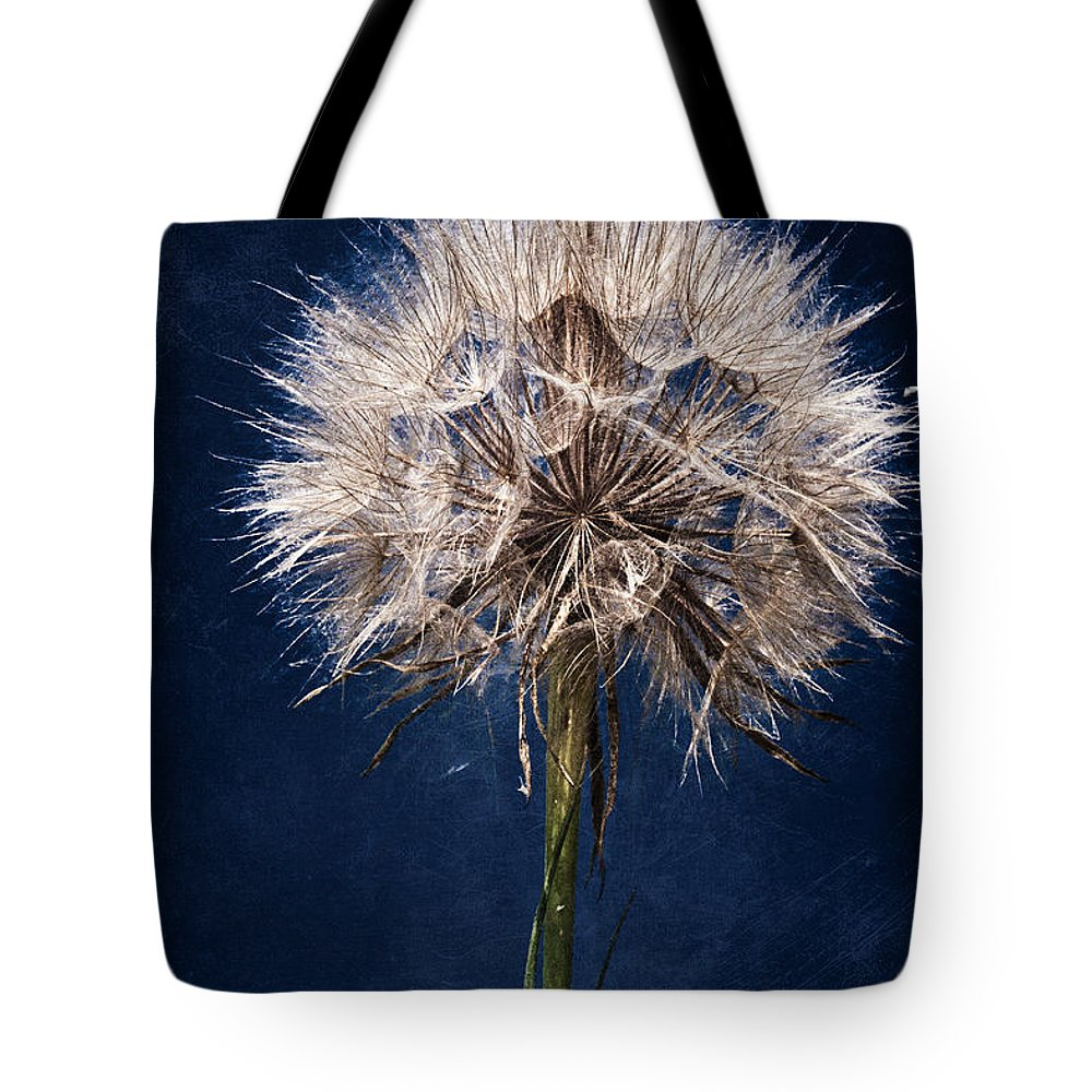 Seed Tote Bag featuring the photograph Podcaster by Chris Lord