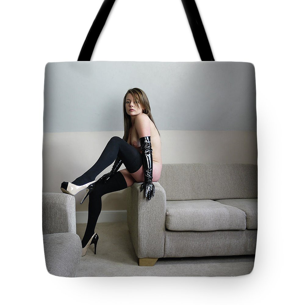 Tote Bag featuring the photograph Poise by Martin Billings