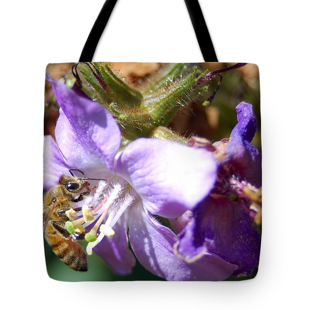Bee Tote Bag featuring the photograph Pollinating 1 by Amy Fose